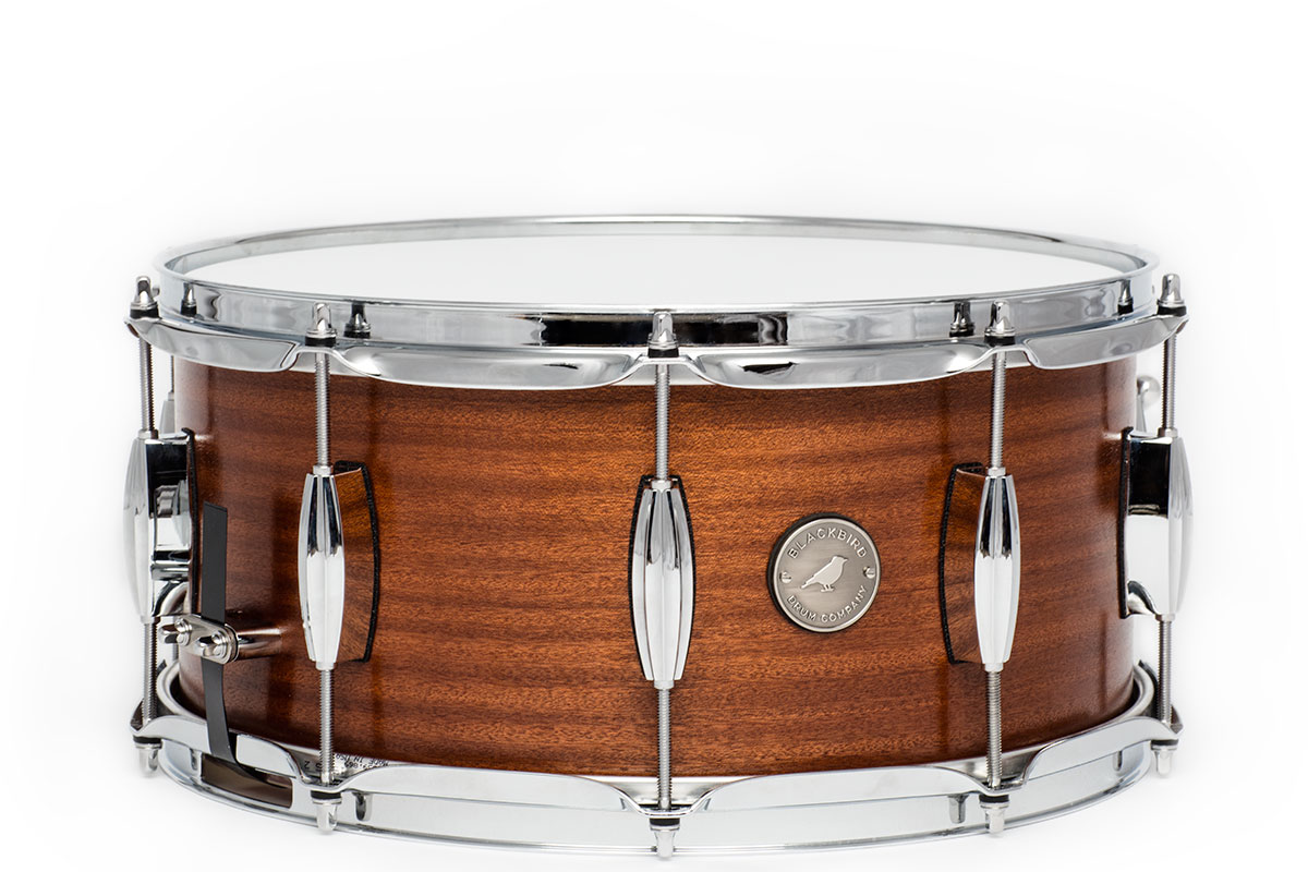 Vintage series mahogany snare drum blackbird drum company for Classic house drums